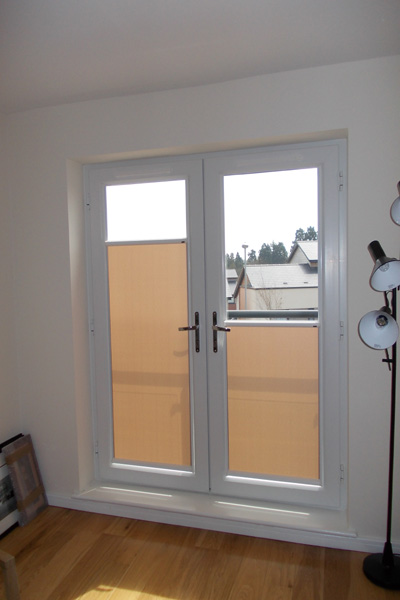 ... White framed top down bottom up door nano blinds covering the bottom of the doors. & Index of /images/Nano Blinds pezcame.com