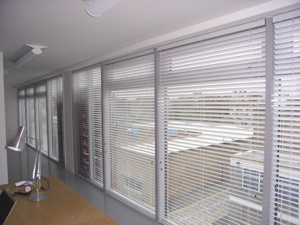 Changing Curtains, 50mm aluminium venetian blinds fitted in Hackney ...