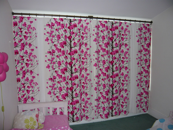 Marimekko Lumimarja fabric made into interlined curtains