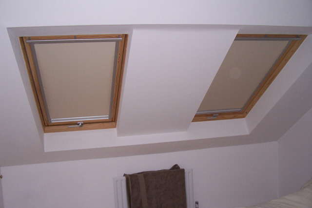 Index of images velux blinds for Velux window shades